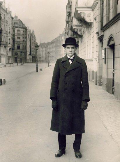 August Sander Vintage_AR_1927_von_August_Sander_ret_bearbeitet-3