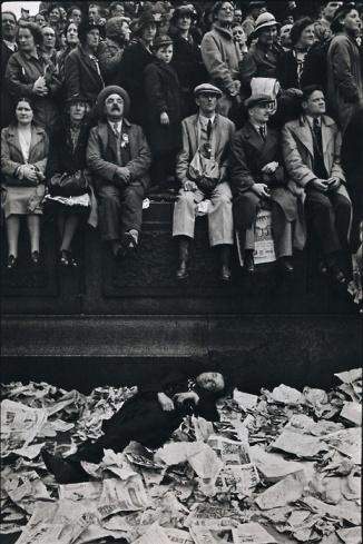 Henri Cartier-Bresson 228c3ec19f734bf5309071c435221b86