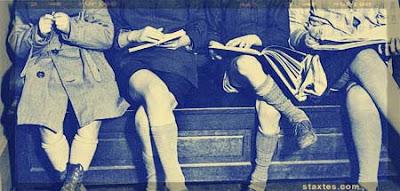 Ιφιγένεια Σιαφάκα: Δομικά χαρακτηριστικά και το «γυναικείο» στην ποίηση της Αλεξάνδρας Μπακονίκα (E-περιοδικό Στάχτες)